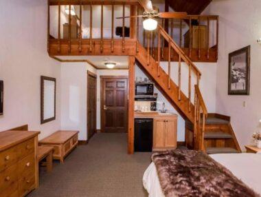 Lofts Rooms, Kandahar Lodge at Whitefish Mountain Resort